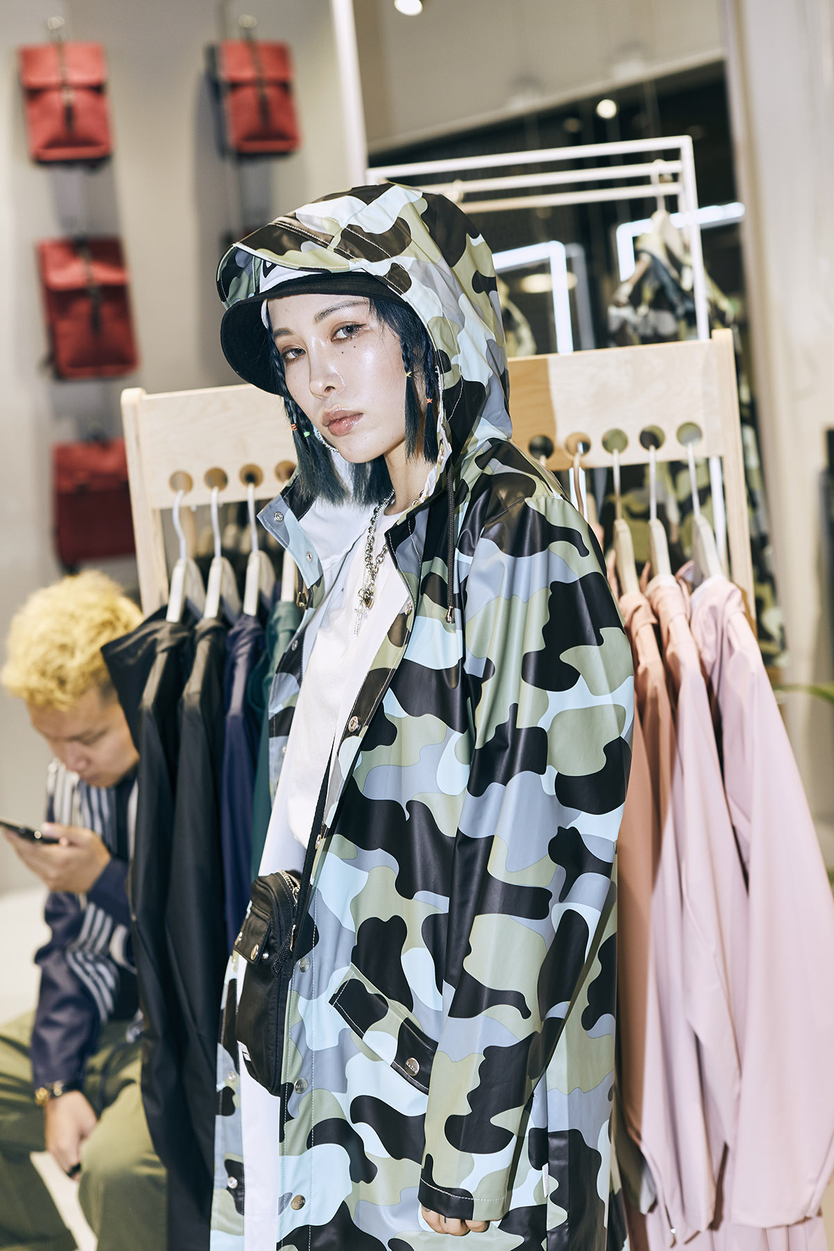 Rains AOP Long Jacket, 海洋迷彩