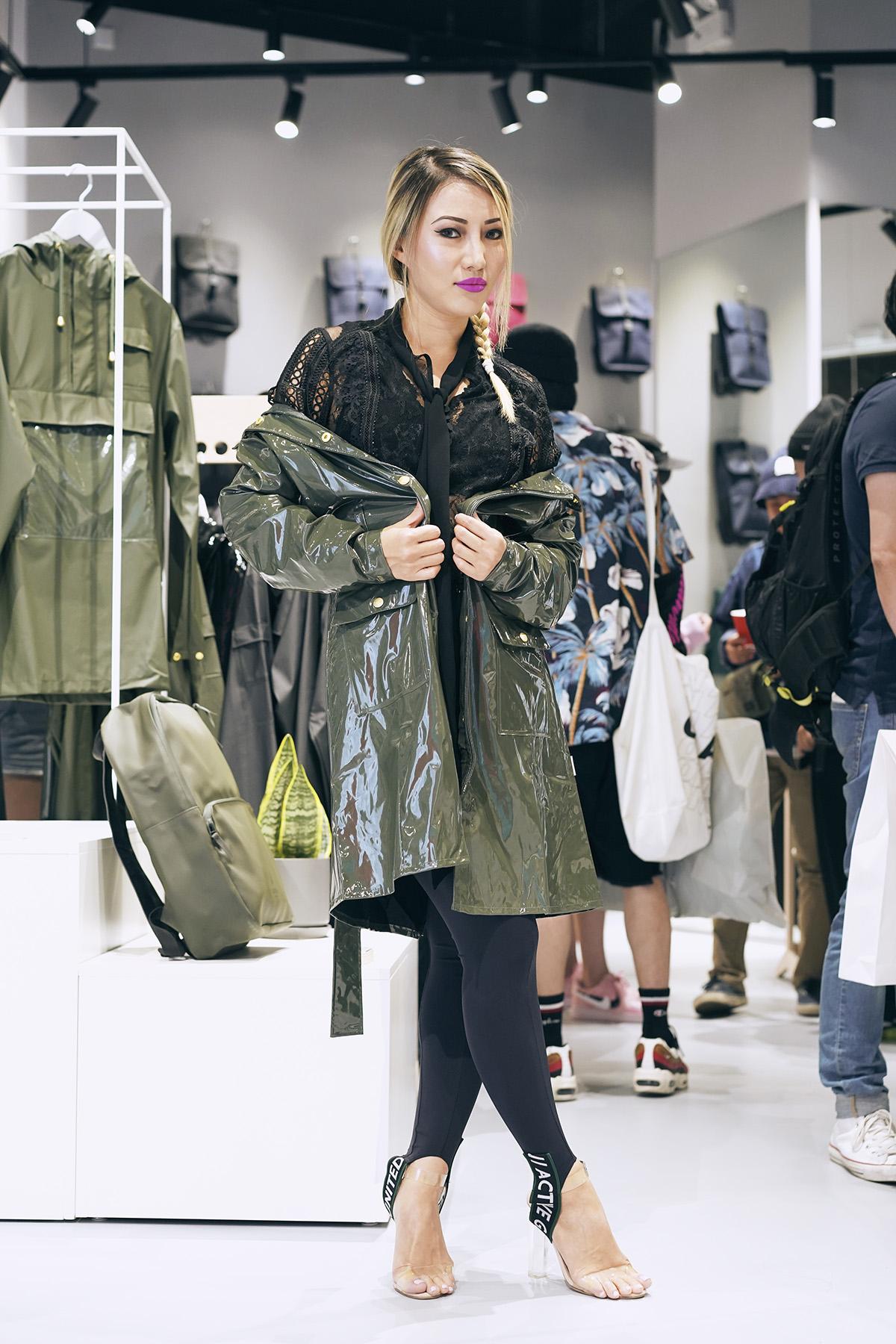Rains Glossy Curve Jacket, 亮泽绿色