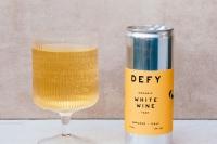 品牌设计赏析:Defy白葡萄酒包装设计