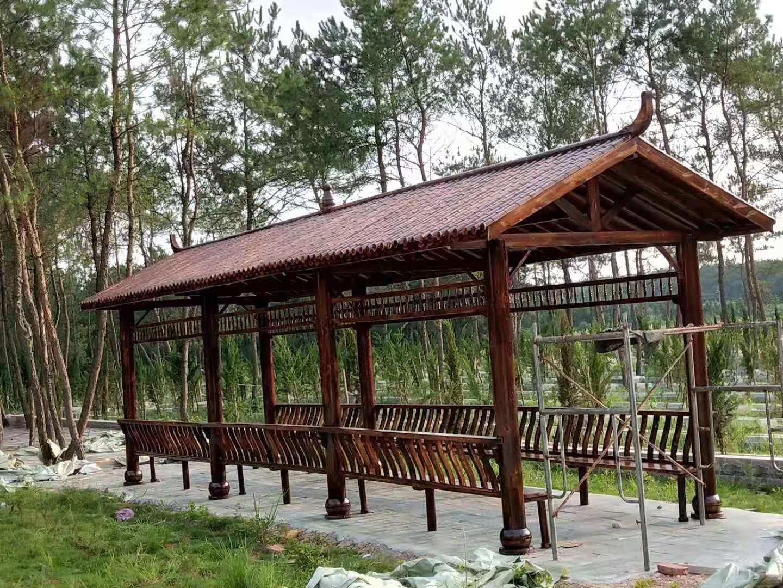 仿古碳化木长廊