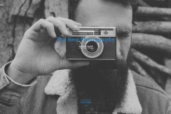 2019年bootstrap湖水绿色灰色摄影网站模板