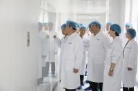锦州市领导邀请营口市党政代表团 莅临奥鸿药业参观调研