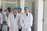 辽宁省委常委、副省长陈向群一行莅临奥鸿药业视察调研
