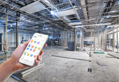 """工程管理APP主要应用从土方、基础、桩基础到面向业主的入伙 交付、物业维保等品质管控场景,形成了一整套从项目到区域公司到集团的品质管控体系,能实现对现场的质量、安全、进度、设备、物料等管理,同时能高效、有序的管理现场的繁杂工作,提升工程现场的工作效率和执行能力,实现""""零距离""""的精细化现场管理,并及时发现问题、调整工作安排、控制潜在风险。"""
