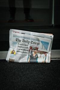 "the new york times newspaper ""纽约时报"""