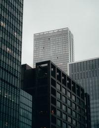 black and white concrete building 黑白混凝土建筑