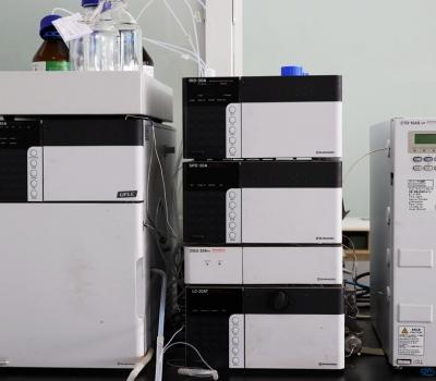 岛津LC-20AT高效液相色谱仪