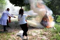 我院开展消防应急疏散演练活动
