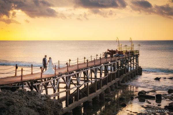 浪漫的巴厘岛阿雅娜教堂婚礼AYANA Astina Chapel