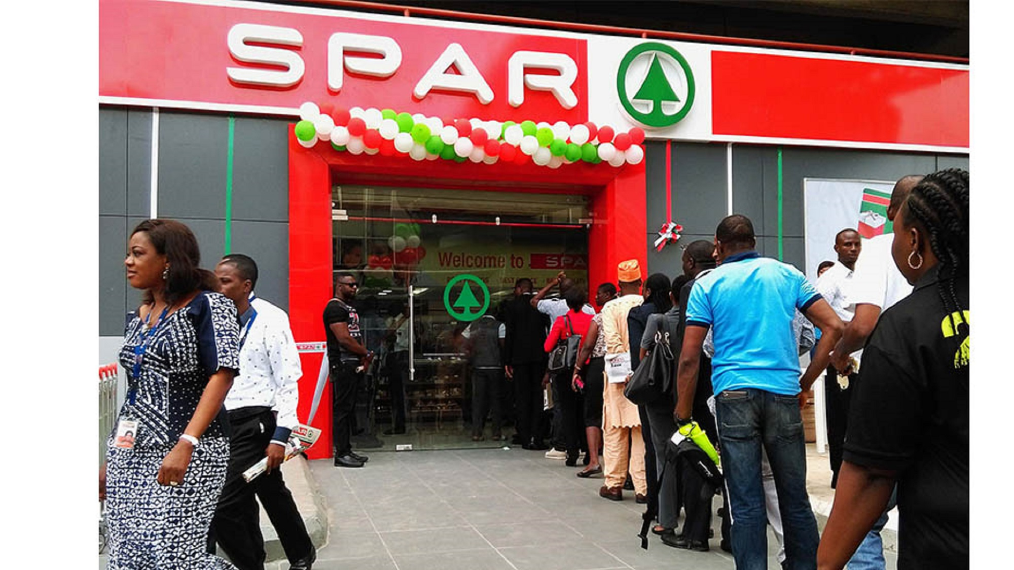 Nigeria---Customers-keen-to-experience-new-SPAR