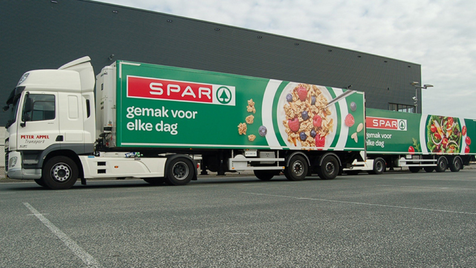 NL-2-Newly-branded-SPAR-trucks-have-been-rolled-out-in-the-Netherlands-750x500