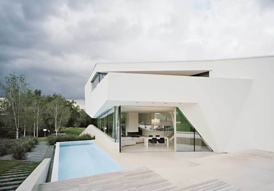 10-Home-swimming-pool