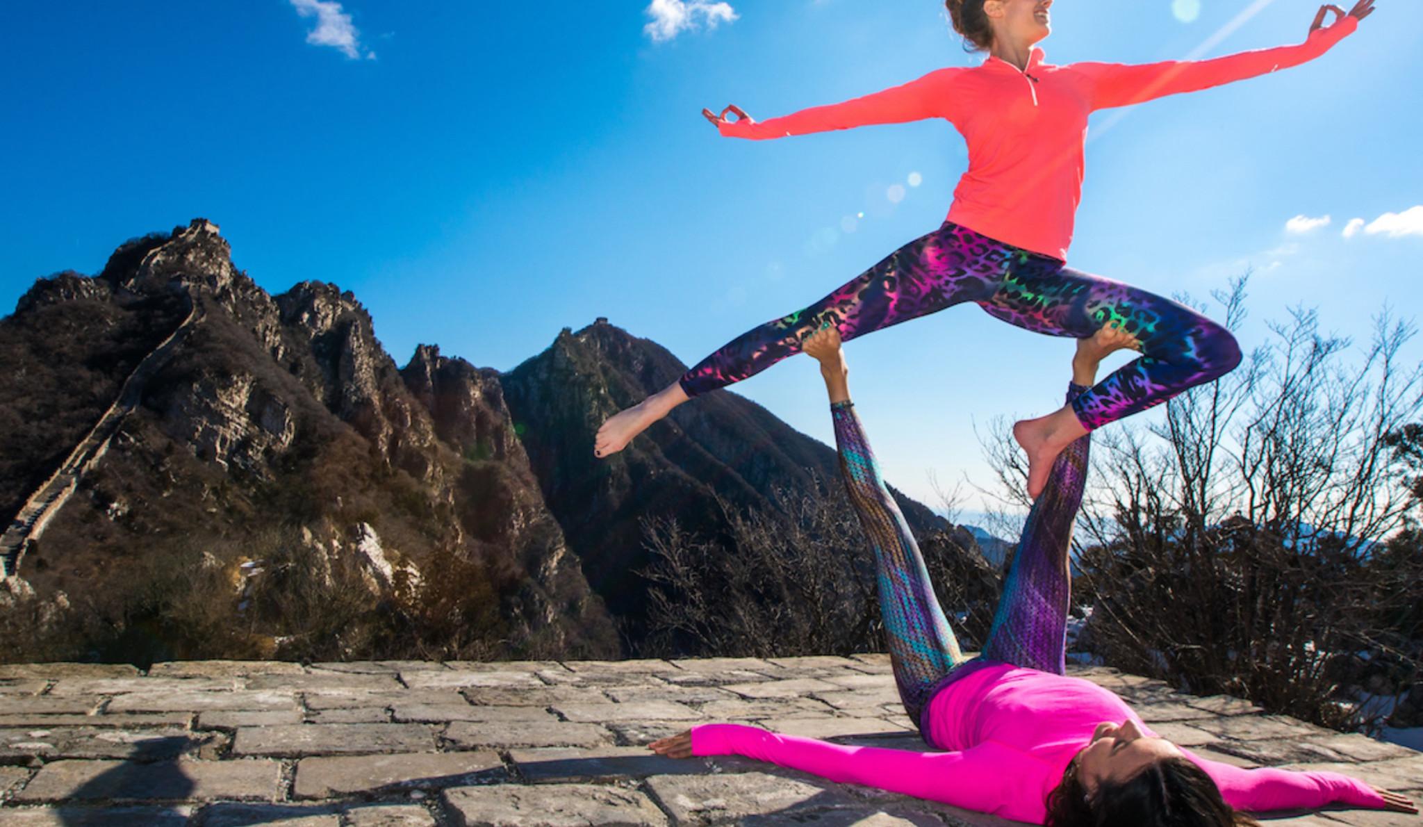 法国美女老师双人瑜伽(正) 拷貝