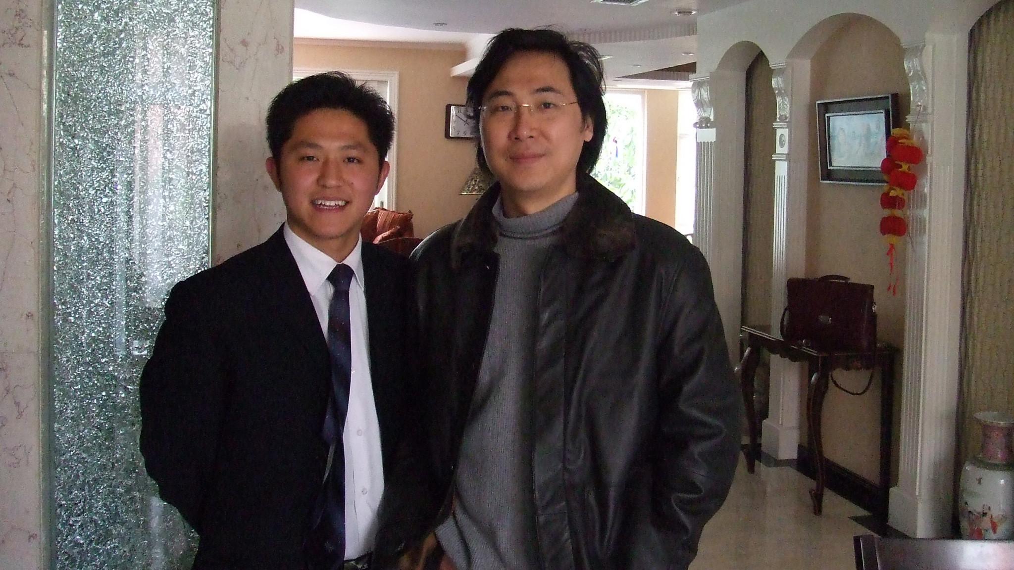 魏国锋校长与著名男中音歌唱家廖昌永
