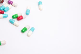 摄图网_500868414_wx_药盒和药物(企业商用)