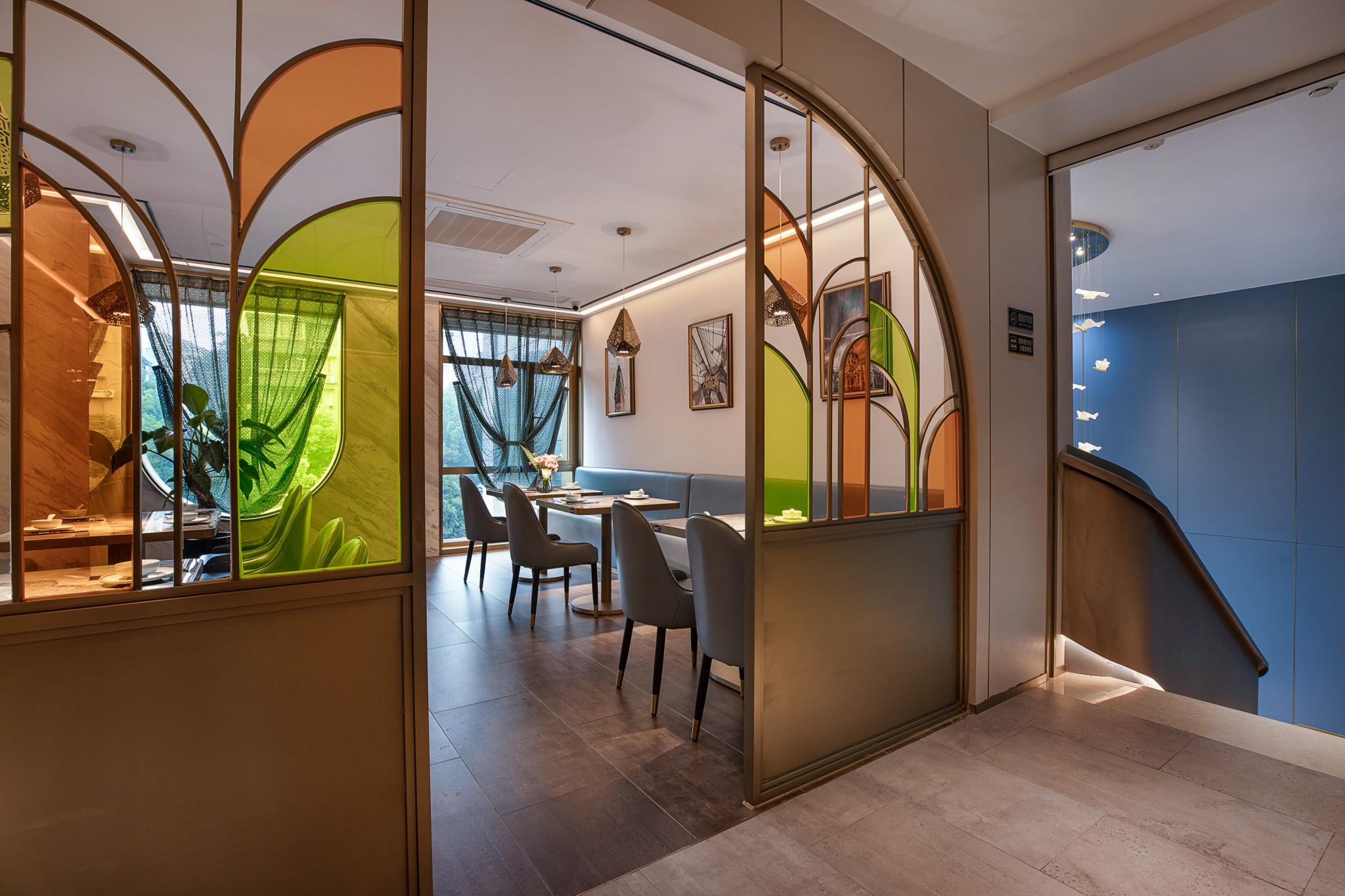 品味回西北菜餐厅设计-杭州餐厅设计-杭州达岸品牌策划设计公司26389ad2282b90e4fc73934a8fd13db0