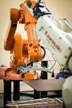 robot-2791677_1280
