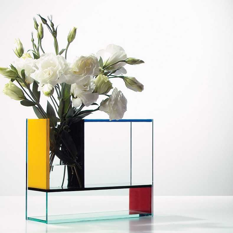 Po Mondri Vase at MAKE Designed Objects