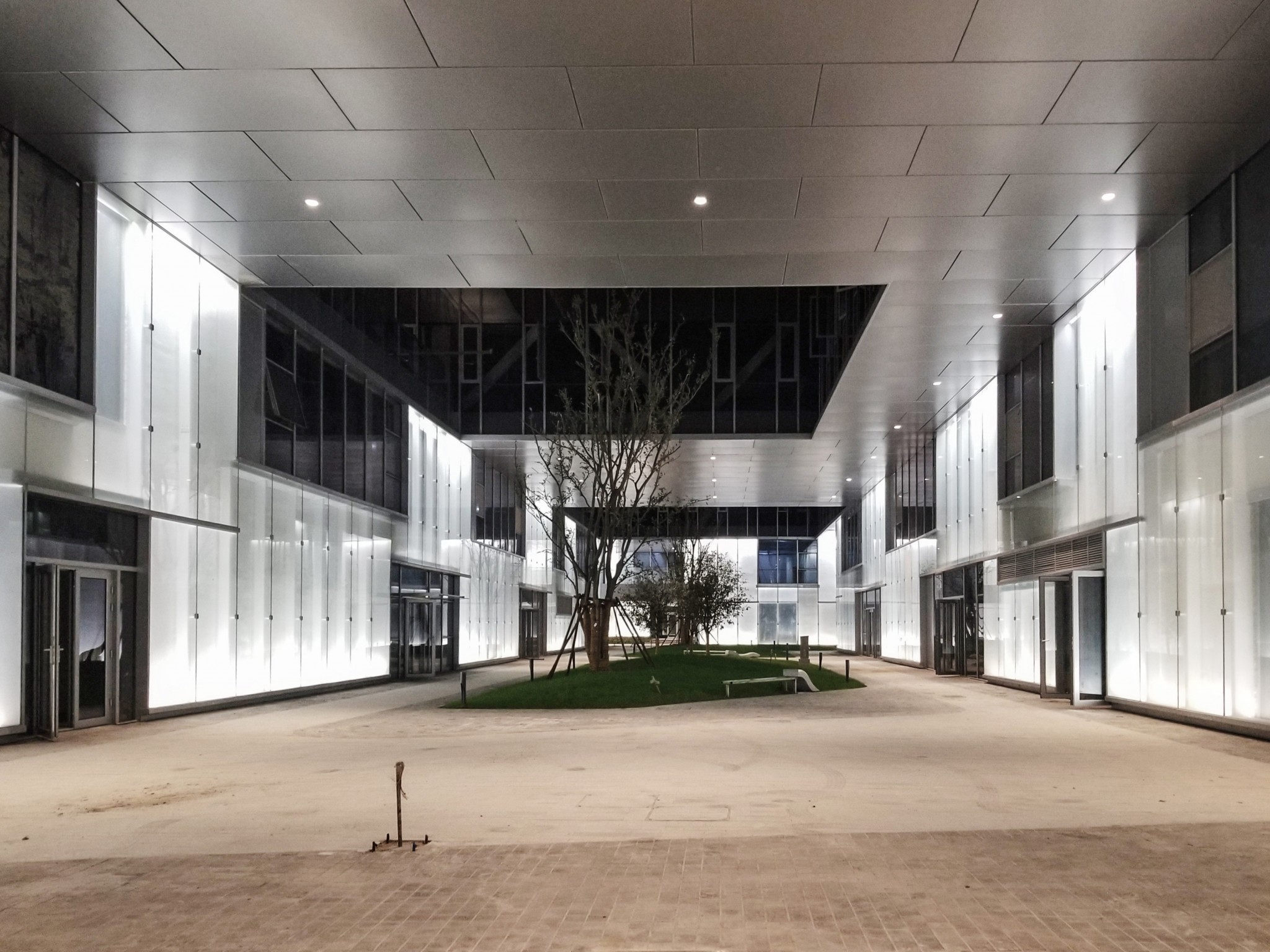 上海临港新城办公产业园