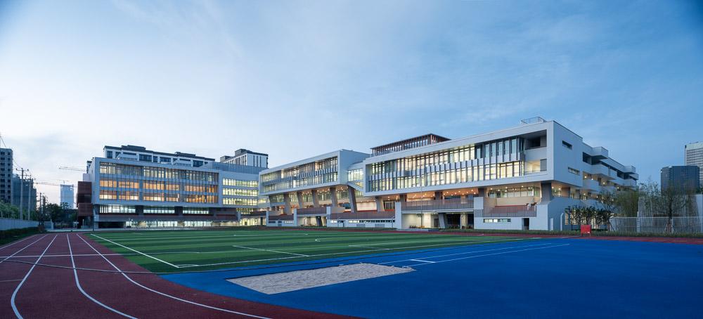 上海前滩华东师范大学附属第二中学